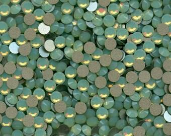 2028 SS16 OCH*** 40 Swarovski rhinestones flat back SS16(3,9mm) chrysolite opal