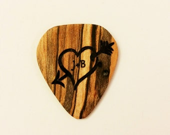 Personalized Heart Guitar Pick, Custom Wood Heart Guitar Plectrum, Wood Laser Burned Guitar Pick, Music Gift, Gift for Him, Stocking Stuffer