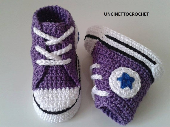 Free Crochet Pattern For Baby Converse : Baby crochet converse-newborn sneakers by uncinettocrochet ...