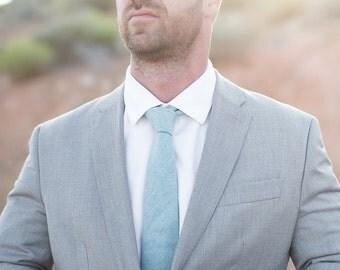 Necktie, Solid Turquoise Men's Necktie