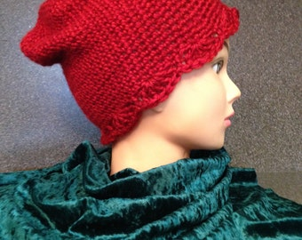 crochet adult/teen slouch red hat