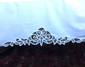 Gorgeous White Single Bed Battenberg Lace Dust Ruffle Bed Skirt