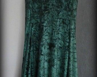 Green velvet skirt with lace