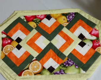 Quilted Fruit placemat set of 4