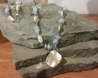 necklace with aquamarine gemstone chips