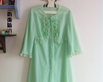 60s nylon & lace pale green bed jacket / small