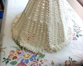 1960 cream crochet lampshade.