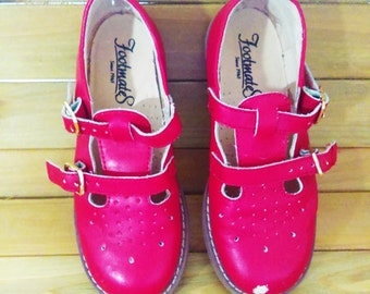 Vintage Little Girl Christmas Shoes, Cherry Red Mary Janes, Vintage Shoes, FOOTMATES, Little Girl Mary Janes, XMAS, Mary Jane, Double-Buckle