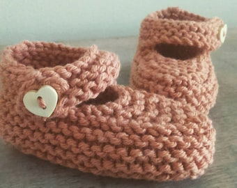 Hand knit baby booties different colours available 0-6 months