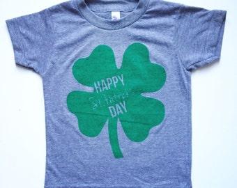 Happy St. Patrick's Day 4 leaf clover Tshirt