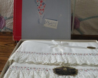 Cottage Chic, NIP 60s Sheet and Pillowcase Set *Sale*55.00 reg. 65.00