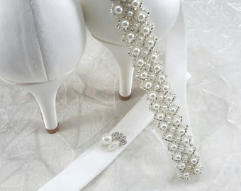 Bridal Garter, Pearl Garter Set, Wedding Garter,Pearl Garter, Best Friend Bridal 218G