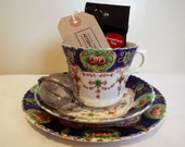 Vintage Edwardian Tea Cup Gift Set, Imari Teacup Trio Tea Party Gift Set with Mini Bag of Looseleaf and Tea Infuser