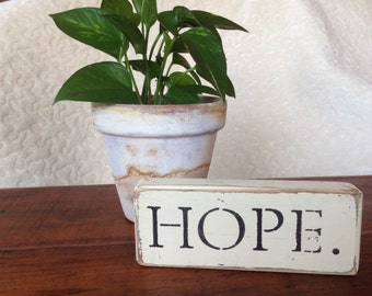 """Distressed Wooden """"Hope""""  Sign"""