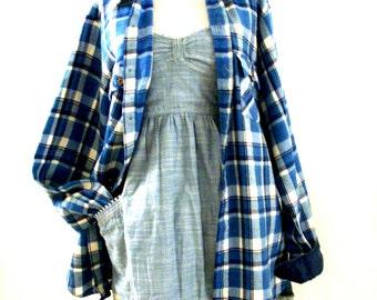 Vintage 80s Blue Plaid Flannel Shirt - Mens Blue Plaid Shirt - Flannel Boyfriend Shirt - 1980s Plaid Grunge Hipster Shirt - Mens Tall Long