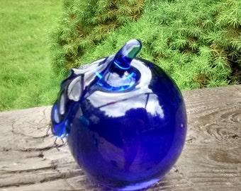 Vintage COBALT BLUE Art Glass Apple Paperweight