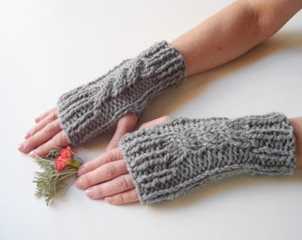 Fingerless gloves arm warmers long knit gloves green gloves knit fingerless gloves fingerless fingerless mittens arm warmers cable gloves