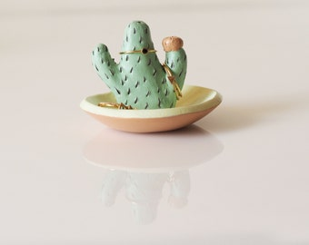 Cactus ring holder with jewelry dish - Cactus ring dish - Cacti jewelry holder - Cactus art - Ceramic cactus jewelry storage - Ring tree
