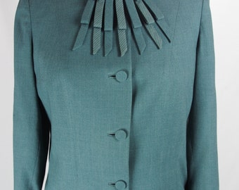 Vintage 1940s Wool Suit-Jacket and Skirt with Beautiful Neck Detail