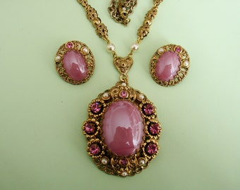 Mid Century WEST GERMANY Pink Glass and Rhinestones Antique Gold Filigree Long Pendant Necklace Clip Earrings Set