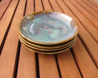 4 plates blue/green and Brown sandstone
