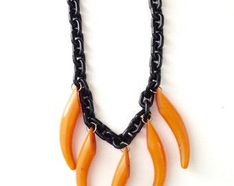 Vintage Butterscotch Bakelite Horn Necklace Celluloid Chain