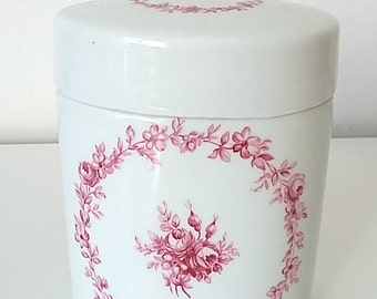 Porcelain pot, candy box, box