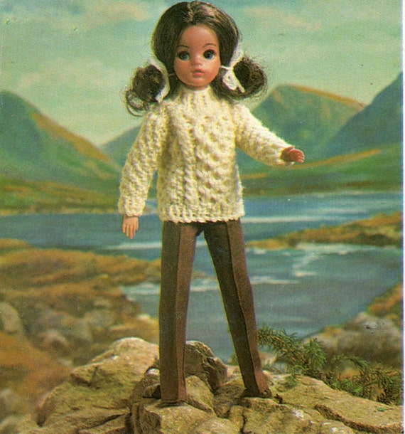 Simple Knitting Patterns For Scarves : Sindy Dolls Clothes Knitting Pattern Aran Sweater