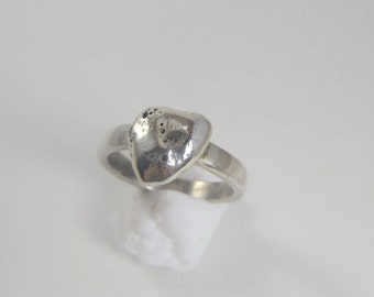 Karma Ring, Sterling Silver Imprinted Heart US size 6.5