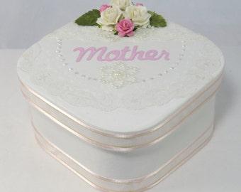 Mother's day box, Mother's jewelry box, Mother's trinket box, Mother's keepsake box, mother's memory box, lace gift box, floral keepsake box