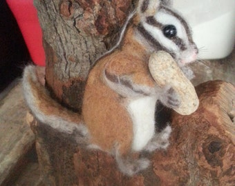 Realistic Soft Chipmunk in Wool, Needle Felted Sculpture