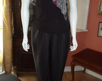Plus Size Ladies Black and White Pinstripe Trousers Size M 18/20