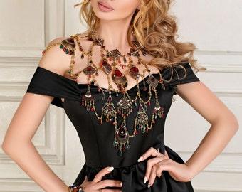 Metal Shoulder Necklace Neftis, Burlesque Jewelry