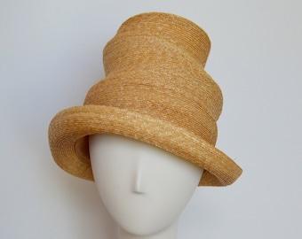 Pagoda Straw Hat