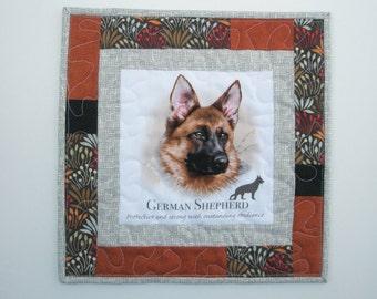 German Shepherd Mini quilt -  handmade -  quilt - wall hanging - table top