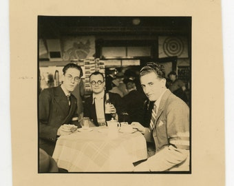 Flemish nationalists meeting - original 1930s vintage photo- handsome young men- friends gathering- A.V.V. - historical movement
