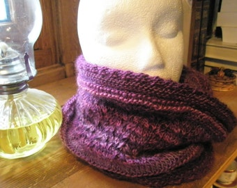 Lacy cowl - light tube scarf