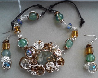 "Handmade Necklace Set-- Geode, Crystal, Glass, Silver, Bronze, Design, Collared Necklace (16.5"")/Earrings (1.75"")"
