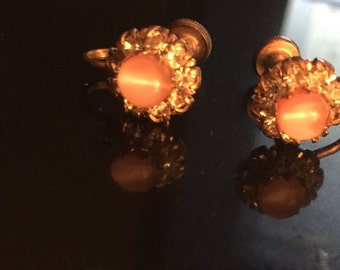 Pink glass vintage screw back earrings