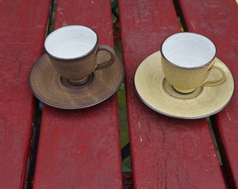 Very nice earthenware cups and saucers, Zaalberg ceramics Netherlands, delicate and small, midcentury, earthtones
