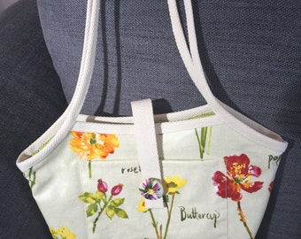 A Bucket Bag with a difference!