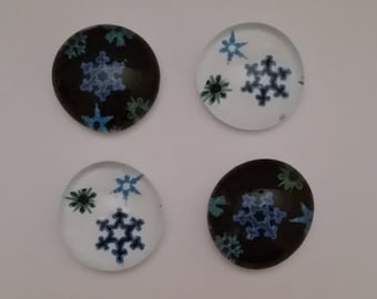 Snowflakes Glass Magnets (set of 4)