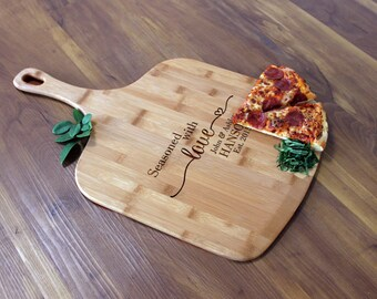 Personalized Pizza Peel, Custom Pizza Peel, Engraved Wood Pizza Peel, Housewarming Gifts, Christmas Gifts, Pizza Lovers  --PZ-WOOD-HANSON