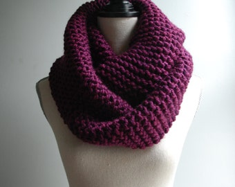 Chunky Knit Infinity Scarf in Plum, Oversized Infinity Scarf, Chunky Knit Cowl, Purple Knit Scarf