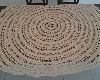 Circle / Round Hand Crochet Tablecloth. 150 x 150cm. Free Shipping