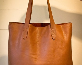 Ultra Soft Tote Leather bag. Black tote leather bag