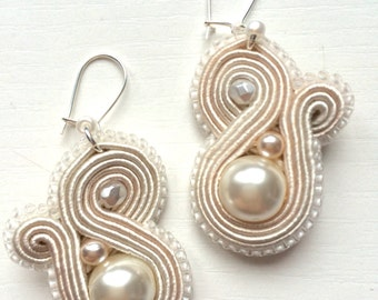 Handmade white soutache earrings