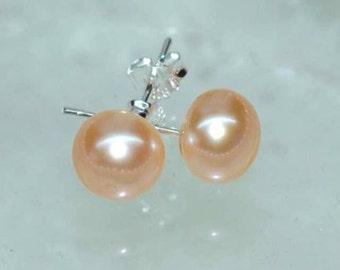 Beautiful  sterling silver pink apricot freshwater pearl stud earrings