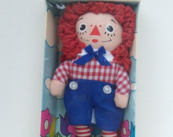 Original Raggedy Andy Doll by Knickebocker  Style 0018, Small Raggedy Andy Sealed in Box