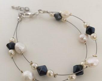 Lily, Bracelet (White/Blue)